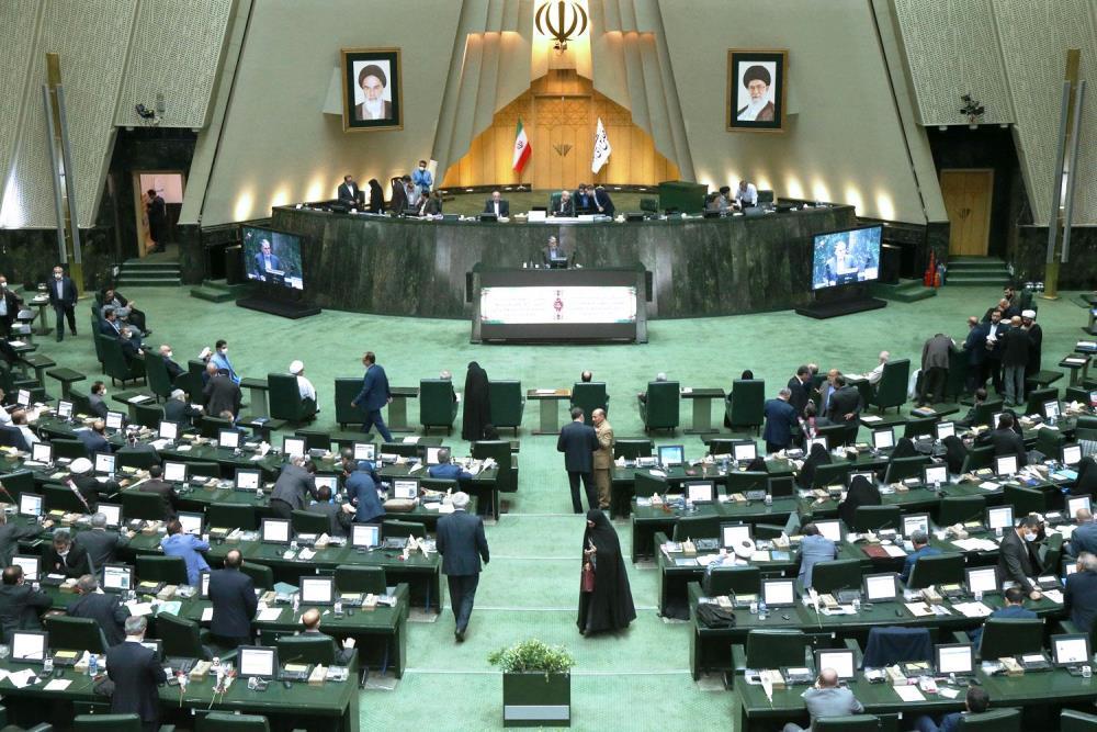 رئیس جمهور دستور شروع مجدد خط دوم انتقال آب به یزد را صادر کند
